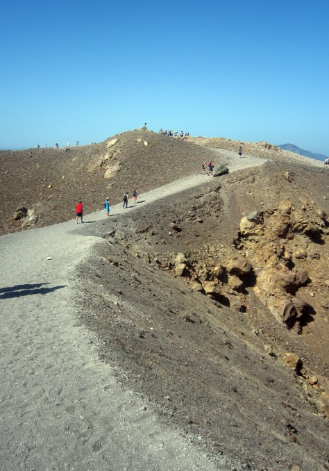 Strolling around the craters of Nea Kameni