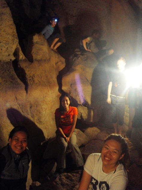If you see the guys at the back, that's how we more or less navigated the trickier parts of the cave -- on our butts. =P