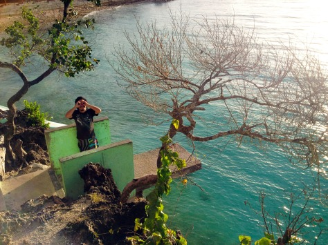 Care to make a memorable splash at Salagdoong Beach? You can dive off the platforms fixed high on the cliffs overlooking the water.