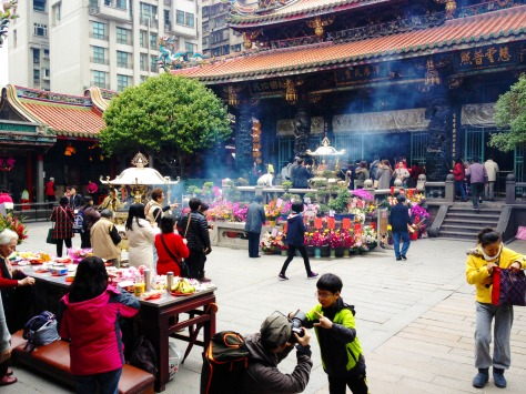 Busy start for the Longshan Temple