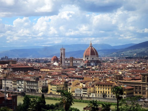 Panoramic view atop Piazzale Michaelangelo. That Duomo's everywhere.