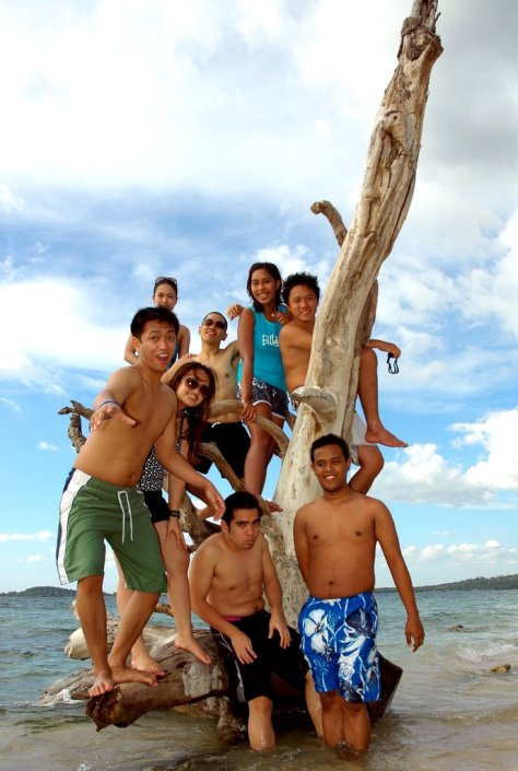 Literally hanging by a limb at Putipot Island, Philippines