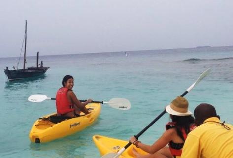 Kayaking 'round Bandos