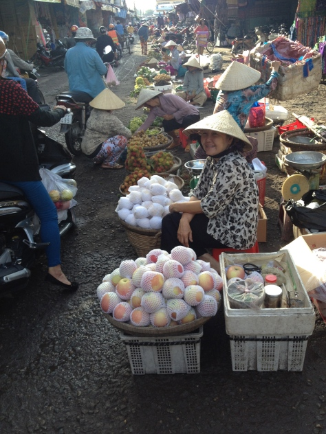 Early morning at the wet market in Tra Vinh