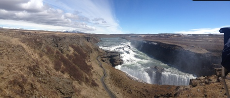 For the mighty Gulfoss, it's go big or go home.
