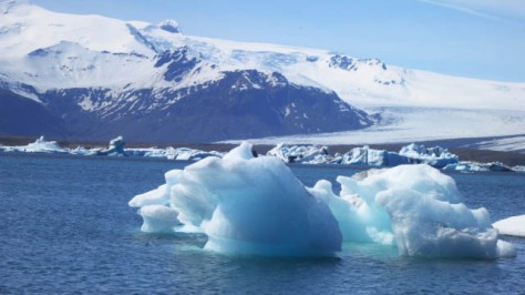 The glacial lake of Jökulsárlón