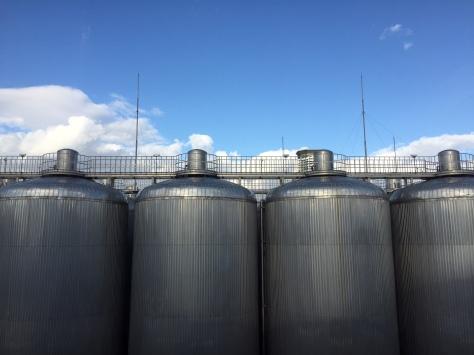asahi-tanks